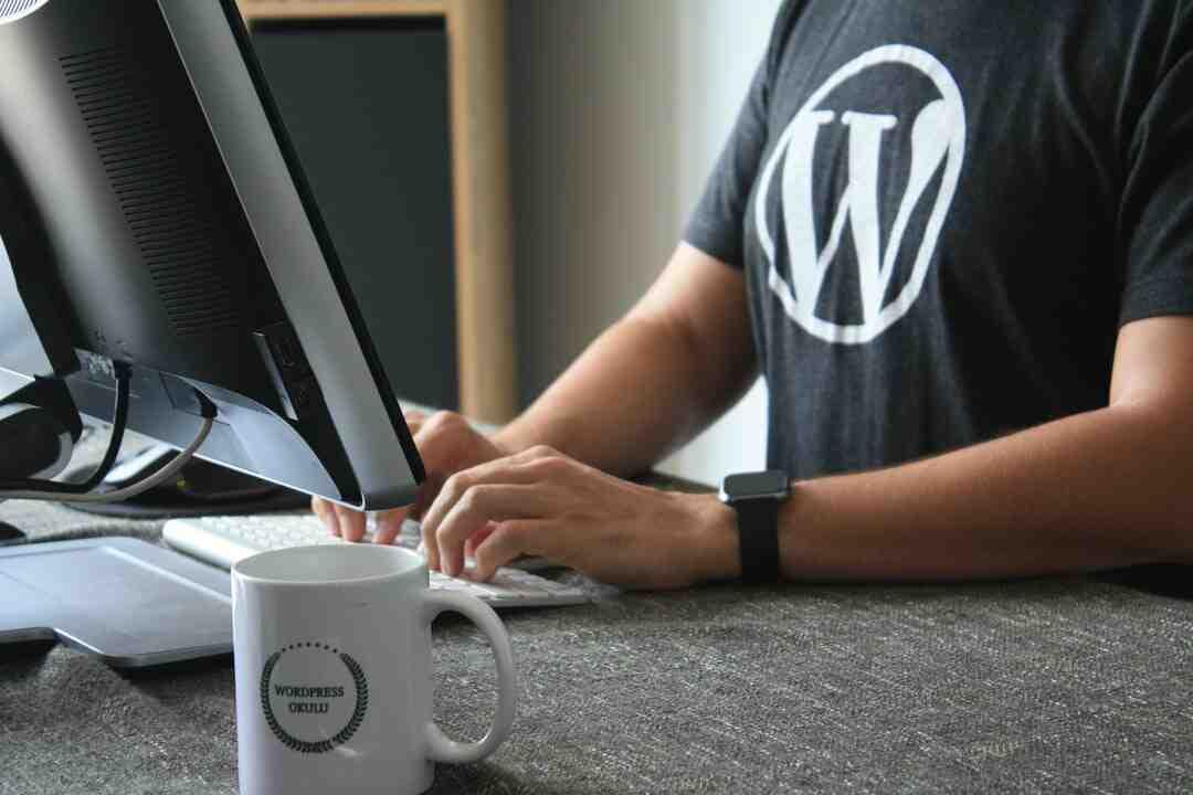 Comment télécharger et installer WordPress ?